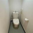 ウォームレットのついたトイレ