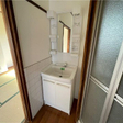 浴室の隣に洗面台