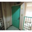 カード錠で防犯面も安心な玄関