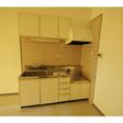 キッチンは都市ガス対応のガスコンロを設置しご利用ください