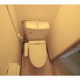 ウォシュレットのついた洋式トイレ