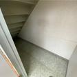 階段下収納あり