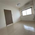 玄関横6.2帖の洋室