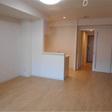 リビングと洋室は透明なフレキシブルドアで仕切れます