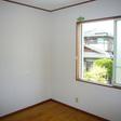 2階北側洋室 こちらにも窓が付いています