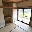 和室にはたっぷり入る1間半の押入れもあります。