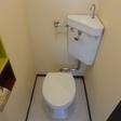 トイレは浴室と別室です